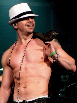 Donnie_Wahlberg.263w_350h