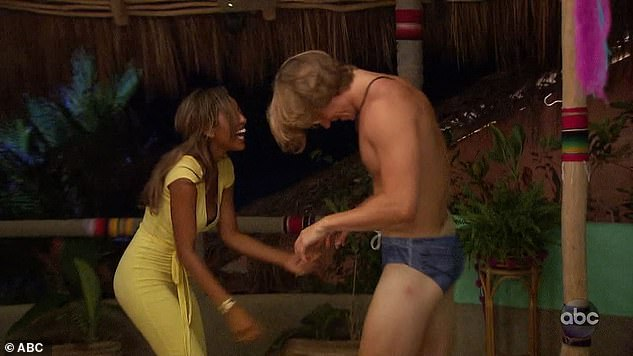 Bachelor in Paradise Recap: Denim Panties